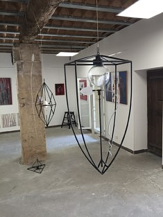 Jun Sasaki dans l'atelier de Karin Lindenberg (Photo Jun Sasaki)