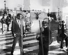 BAL COSTUME' - (série REFLEXIONS) - Tirage photo Fine Art Rag White, 25x32.