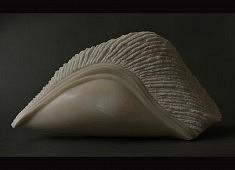 Plénitude - Marbre du Portugal – 42 x 65 x 17 cm