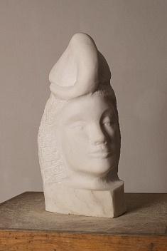 Un éléphant dans la tête (gypse - hauteur 40 cm)