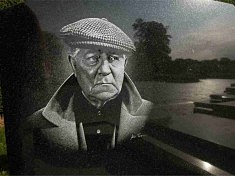 LITHOGRAVURE (2004): Jean Gabin, Gravure directe à la main sur granit noir fin poli