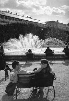 © Laurent Denay. Un Amour au Palais Royal.