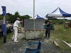 Préparation d'une pierre, photo Lika Kato