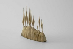 Constanza Salinas, Randnotiz zum Wald, Objet/petite annotation, 2019, Tilleul, 11,5 x 4 x 14,6 cm