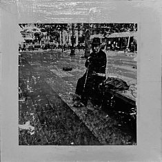 Série Empreintes EM8 - Le vieil homme au banc, technique mixte sur toile, 40x40x10cm, 2020