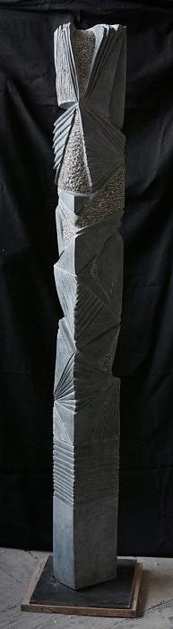 Passeur de lumière - Granite Belge – 140 x 15 x 9 cm