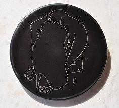 (c) Confais 2015 - Céramique - Nu n°6 - Diamètre 20 cm - exemplaire unique