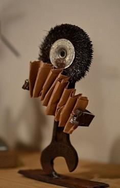 """""""L'accordéoniste"""" - Assemblage en récup' 2017 (divers outils)"""