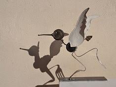 """""""L'oiseau"""" - Assemblage en récup' 2017 (burette, tampon, fourchettes,...)"""