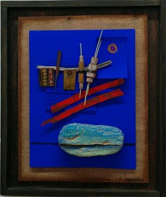 """""""Outremer one"""", assemblage objets, pigments  32x38cm"""