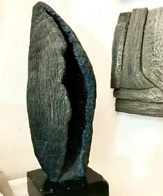 De la série «Cosse», sculpture en grès chamotte patiné, 30x14x13, Paris 2016